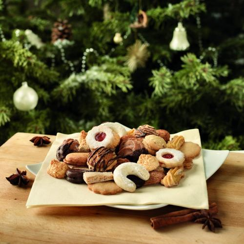 Kekse, Teller, Weihnachtsbaum, Zimtstange, Nelken