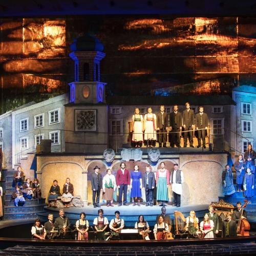 """Salzburg Advent Festival in the Großes Festspielhaus Salzburg """"Der Blinde Hirte"""" Foto: Franz Neumayr 18.11.2016 overview stage"""