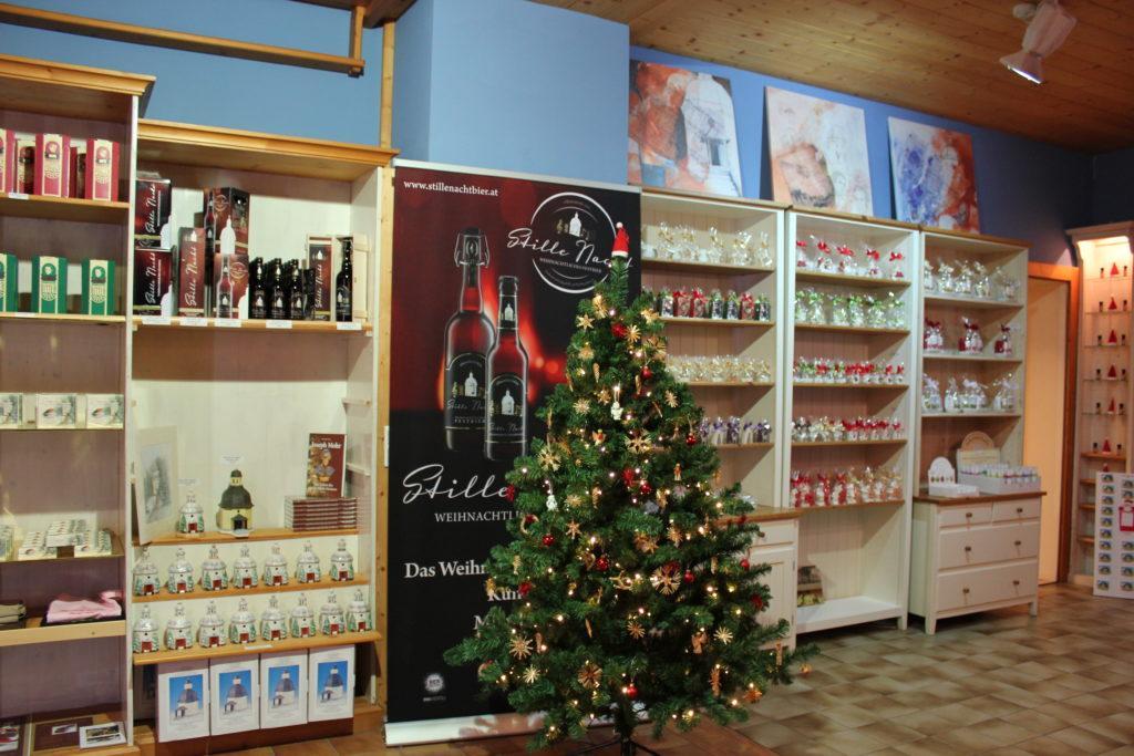 Stille-Nacht-Shop Oberndorf von innen
