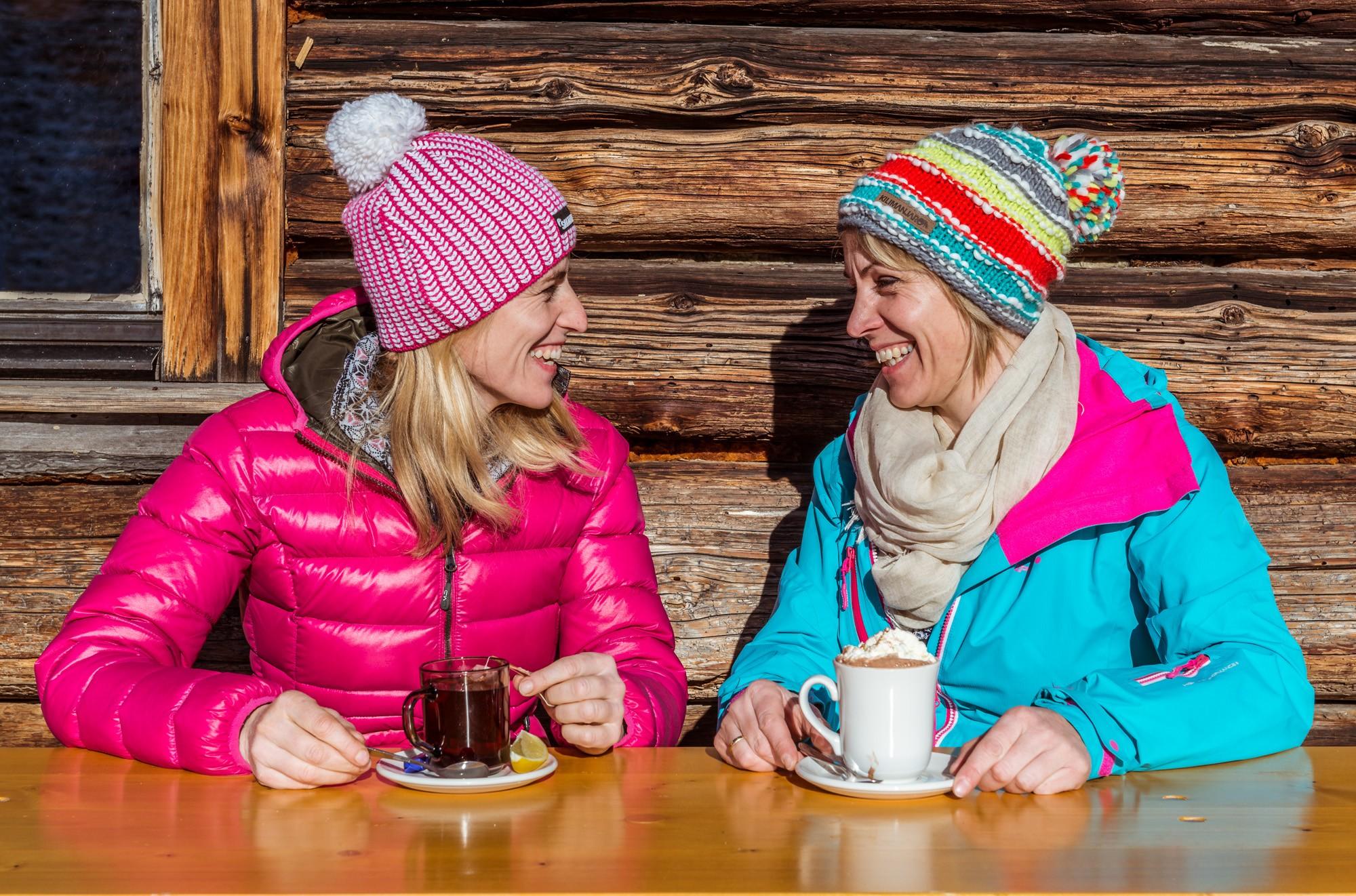 Hüttenstimmung, Sonne, Tee, Heiße Schokolade