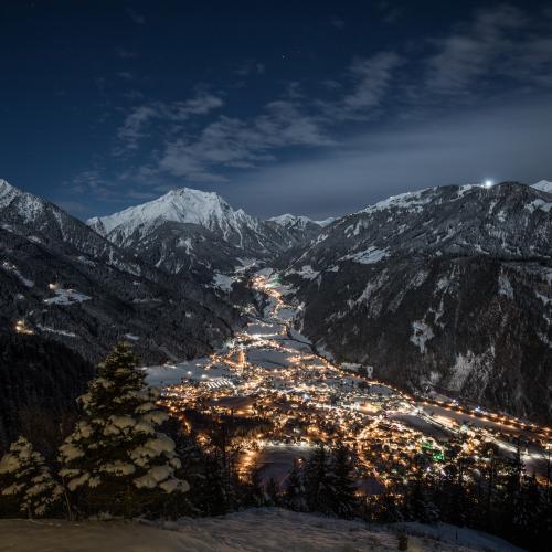 Aufgenommen am Gasthof Steinerkogel mit Blick über Mayrhofen